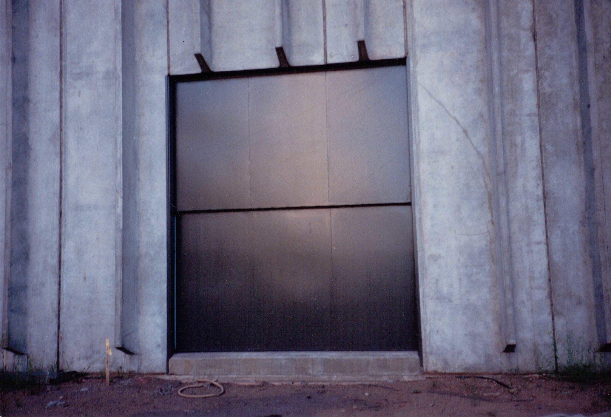 Vertical Lift Doors