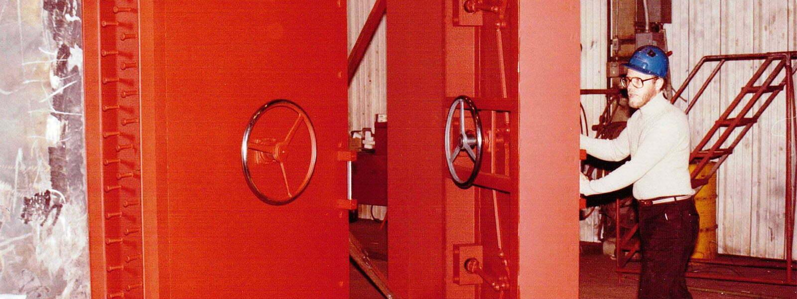 Blast Resistant Doors Electric Power Door Since 1923