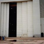 Six-leaf horizontal sliding door - Marinette Marine, Marinette, WI