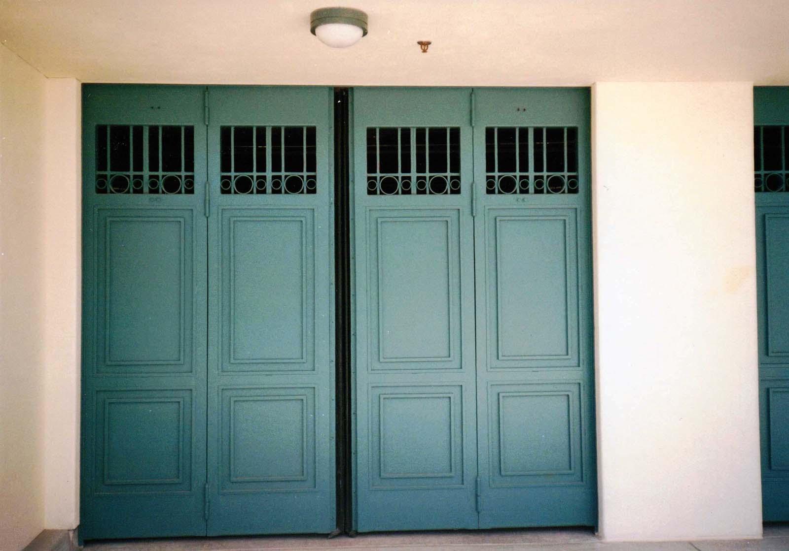 Bi-Fold and Four Fold Doors